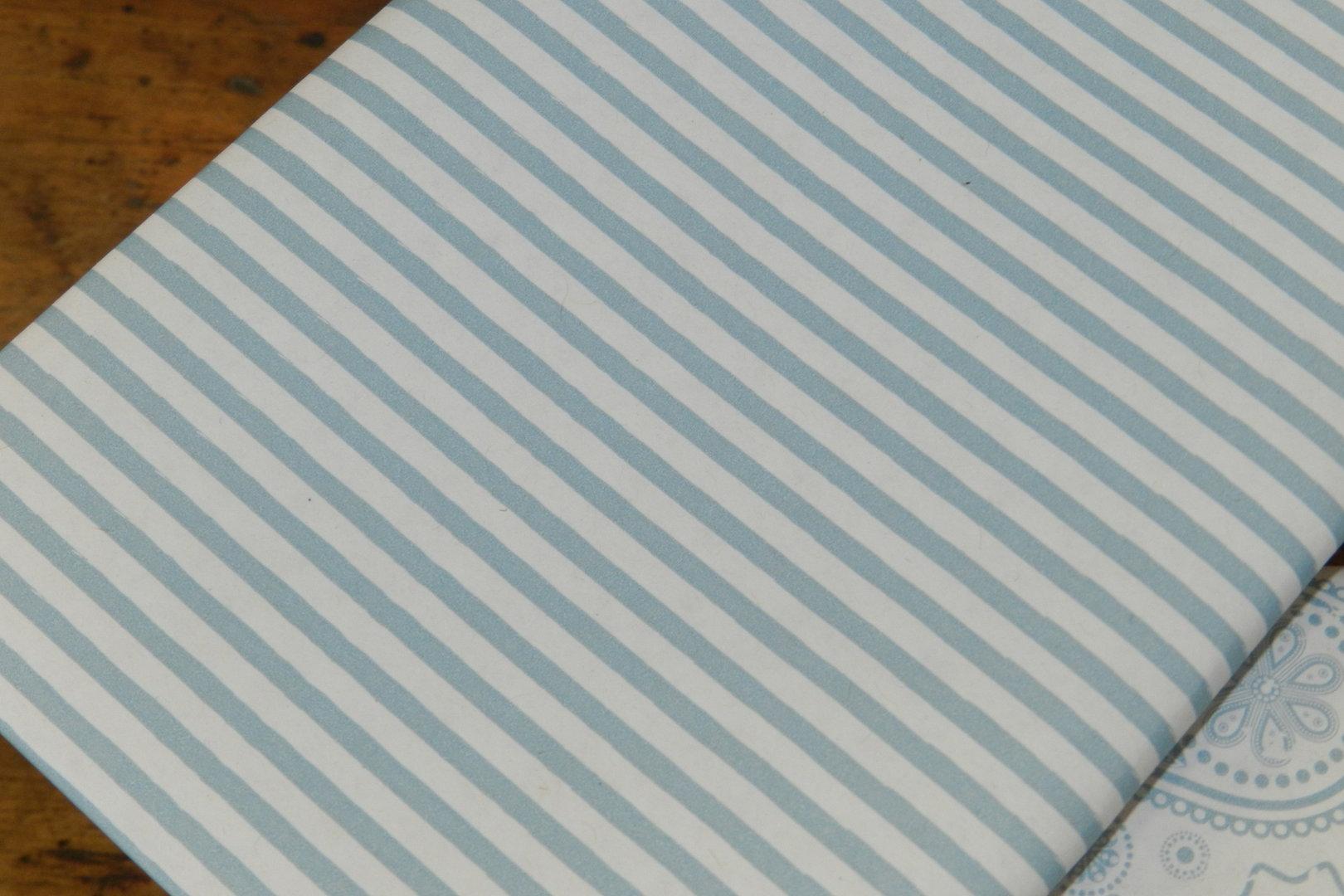 geschenkpapier streifen blau 3mx35cm speicher und scheune. Black Bedroom Furniture Sets. Home Design Ideas